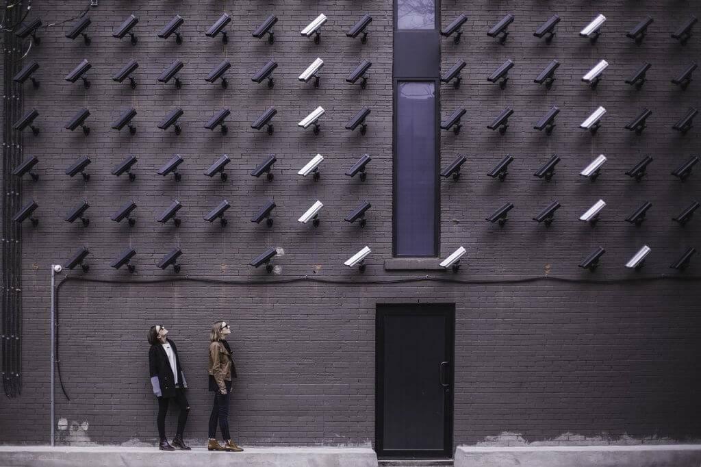 Orice gospodărie ar trebui protejată video contra hoților building 1839464 1280 1024x682